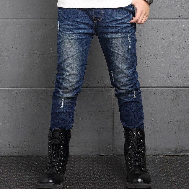 Новый 2017 мальчики разорвал узкие джинсы мальчиков брюки одежда подросток большой маленький мальчик дети джинсы для подростков мальчиков детей джинсовые брюки