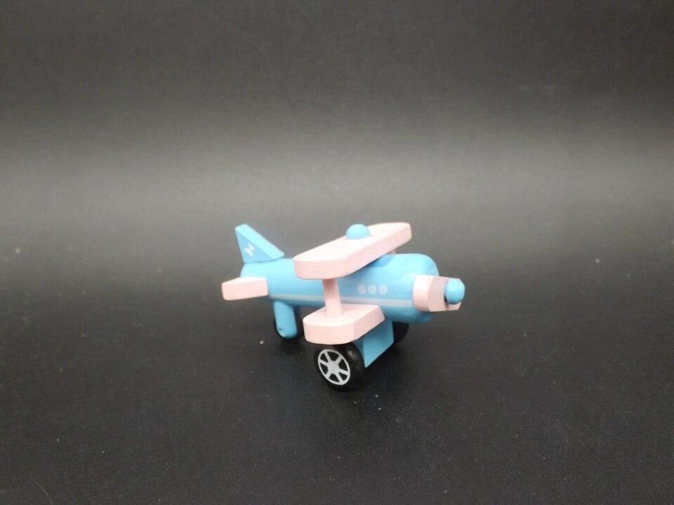 I345-Propeller Airplane (9)