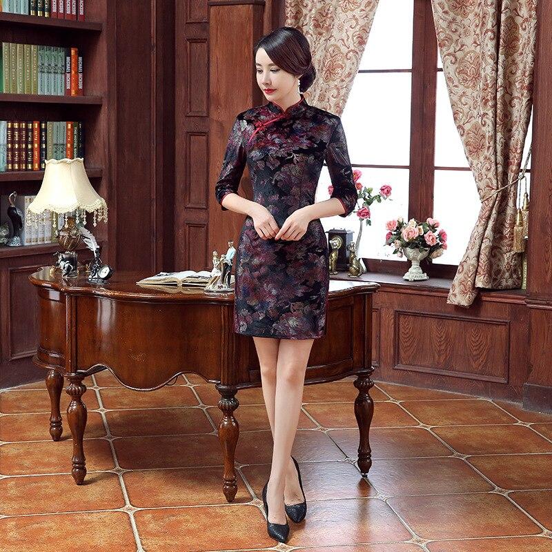 2016 ใหม่มาถึงกำมะหยี่สามชุด cheongsam vintage แฟชั่น plus ยืดหยุ่นจีนแบบดั้งเดิม d-ใน ชุดเดรส จาก เสื้อผ้าสตรี บน   1