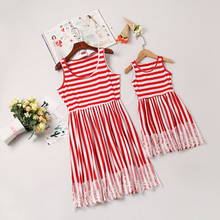 купить stripe mother daughter dresses family look mommy and me matching outfits mom mum mama and daughter dress clothes family clothing по цене 560.98 рублей