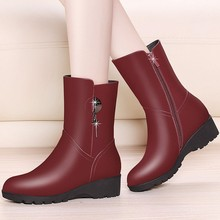 Fashion Genuine Leather Snow Boots For Women Short Warm Winter Round Toe Wedges Med Heel Black Elegant Shoes Woman YG-A0052 цена