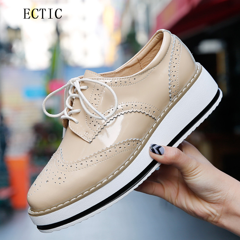 Women Platform Oxfords Brogue Patent genuine Leather Flats Lace Up Shoes Pointed Toe Creepers Vintage luxury beige wine red qmn women genuine leather platform flats women laser cut square toe brogue shoes woman oxfords women leather creepers 34 42
