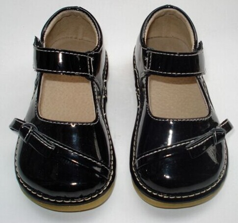 0f01d94b3c8d8 D165 Bright Red Bow Mary Jane Baby Black Bow Toddler Girl Squeaky Shoes  Patent Leather Princess shoes