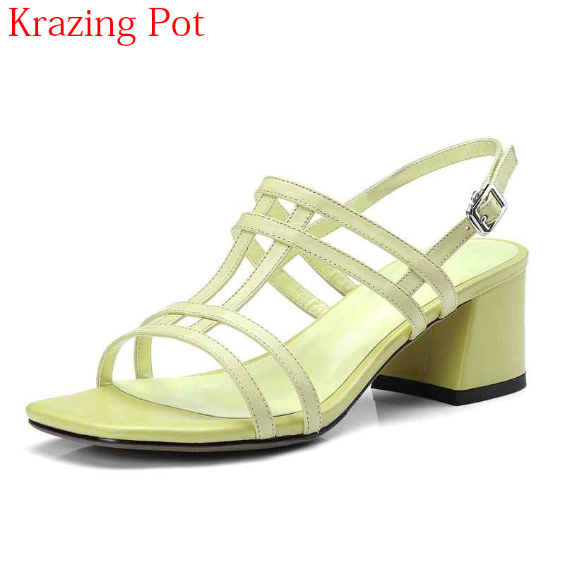 2018 Superstar Genuine Leather Peep Toe Buckle Strap Fashion Square Heel Women Sandals Med Heel Solid Leisure Summer Shoes L69 crystal chunky heel sandals women summer t word buckle sweet rhinestone heel ladies sandals peep toe med heel woman shoes