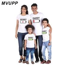 MVUPP/одинаковые комплекты одежды для всей семьи футболка для мамы, папы и сына, для мамы, папы, мамы и меня, одежда для малышей платья с батарейками