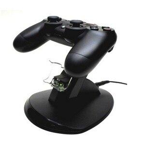Image 2 - جديد أسود شحن USB مزدوج حامل قاعدة شحن حامل دعم شاحن ل بلاي ستيشن 4 PS4 لعبة وحدة تحكم لاسلكية اكسسوارات