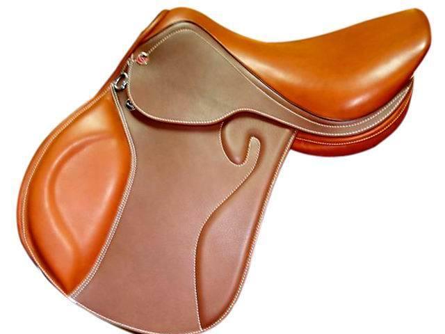 Aoud Saddlery Horse Riding Saddle Cow Leather English Saddle Synthetic Saddle Endurance Saddle Full Genuine Leather Comfortable