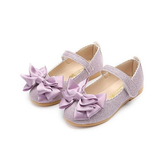 b4d3864a El último modelo niños princesa sandalias elegantes niños niñas boda zapatos  oro vestido zapatos de cuero