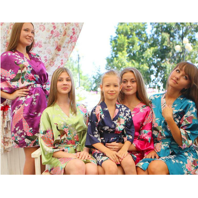 New Arrival Fashion Ladies Silk Rayon Robe Kimono Bath Gown Nightgown Mujeres Pijama Peafowl Size S M L XL XXL XXXL Xsz026A