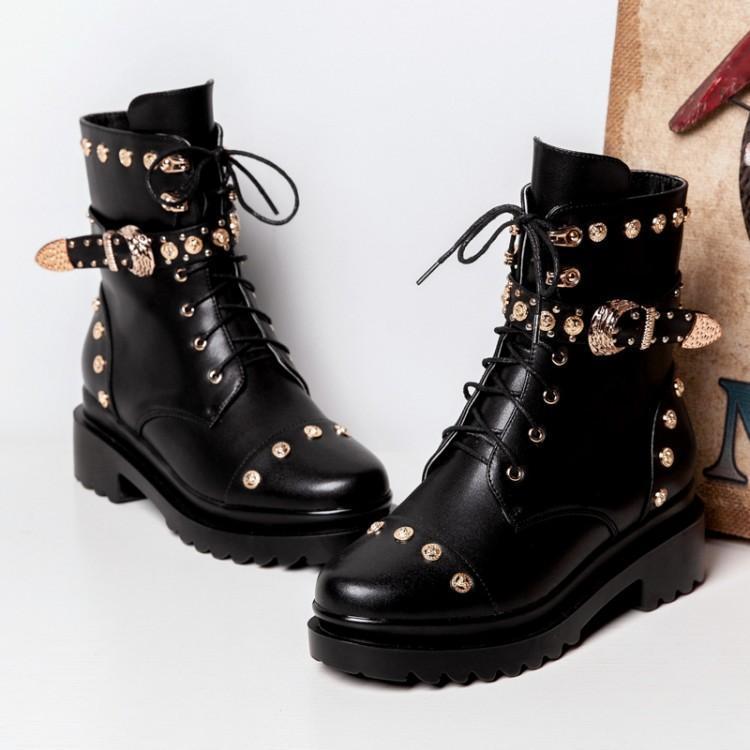 En Cuir Liée Boucle Métal Croix De Zapatos Chaussures Rivers Bottes  Ceinture Pour Luxe Noir Frais Martin Or Fille Dame Clouté Hiver Femme  rrwWvqSCd 4eb481b68300