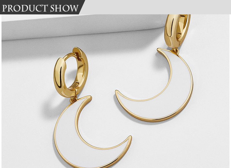 Moon-Earrings_01