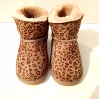 HONGTEYA New Winter Baby Shoes Boots Newborns Infants Fur Wool Girls Baby Booties Sheepskin Genuine Leather