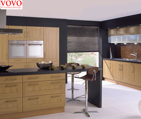 bouleau massif armoires de cuisine dans armoires de cuisine de r novation sur. Black Bedroom Furniture Sets. Home Design Ideas