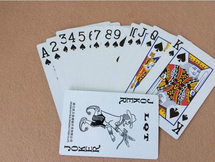 5pcs/lot Lovely Poker Interesting Playing Cards Game Outside Outdoor Creative Travel Entertainment Poker