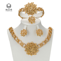 Dubai Golden Color African Pearl Nigeria Wedding Jewelry Set Flower Shaped Imitation Crystal Saudi Jewelry Set