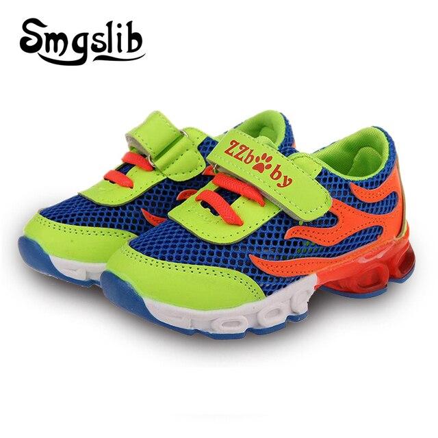 80fc604e62260 Led chaussures enfants Enfants Lumineux Chaussures Garçons Filles Sport  Chaussures de Course Bébé Clignotant Lumières De