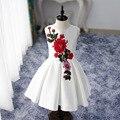 2017 nuevo bordado floral adolescente niña vestido de fiesta de boda blanco sin mangas formal princesa del desfile vestidos de bola de los cabritos