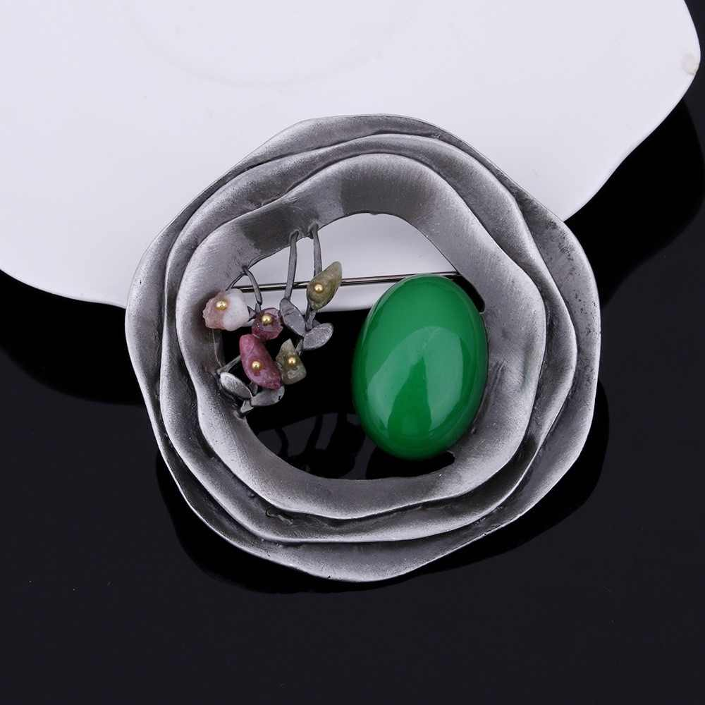 JUJIE Vintage Large Round Resin Flower Brooches For Women 2019 Exquisite Hollow Brooch Pins For Men Plant Jewelry Wholesale