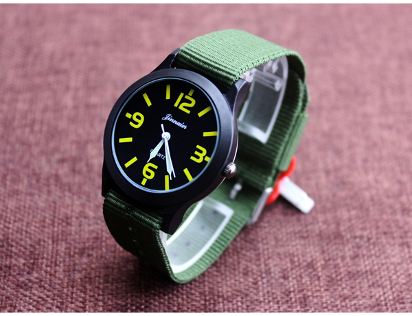 2016 Military Watch Fashion Casual Watches Men Wristwatch Nato Strap Quartz Sport Wrist Watch Men's Clock Male Xfcs Reloj 7896