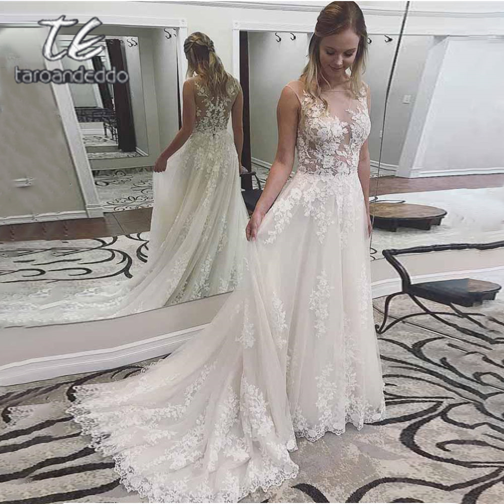 Scoop Tulle Wedding Dresses Applique Floor Length Sleeveless A Line Illusion Back Sweep Train Bridal Dress Vestido De Noiva