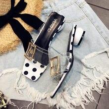 1efe7f21f Transparente chinelos femininos de verão 2018 versão Coreana do novo ponto  onda da moda desgaste de espessura com sapatos de gên.