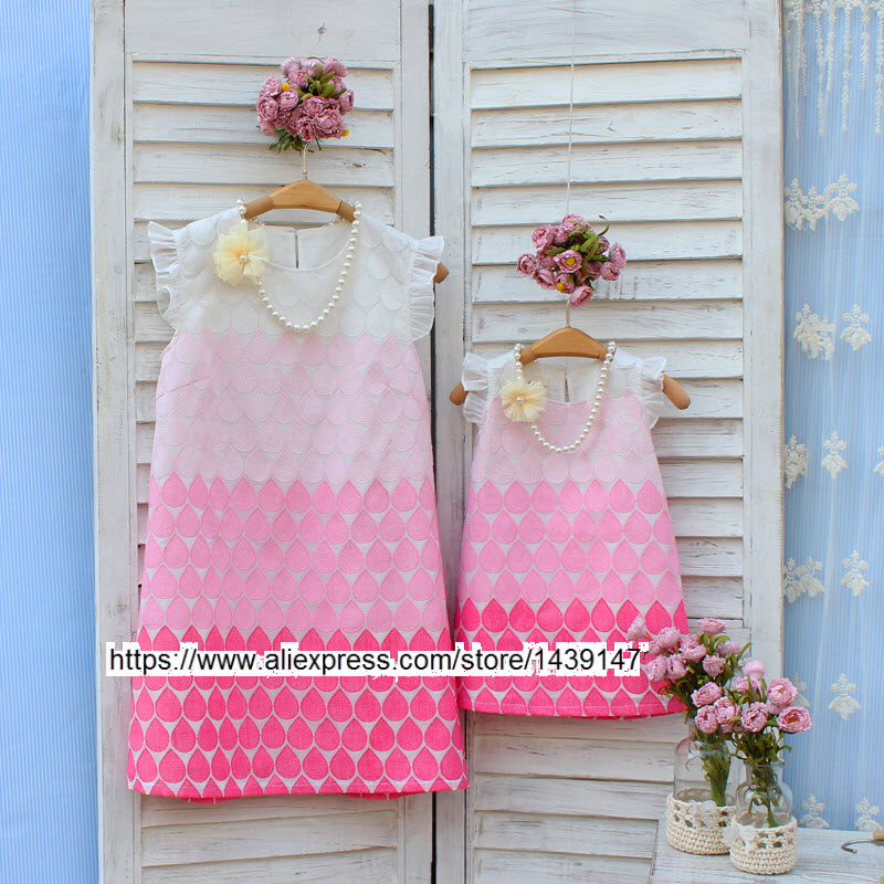 ФОТО Summer Family matching dress women girl princess mother and daughter skirt kid girls Embroidered dresses Cotton Lining for Photo