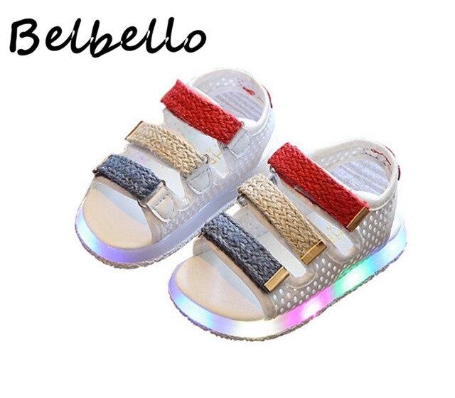 57b11c75 Belbello Niñas Luminoso LED cordones de Los Zapatos Sandalias de Los Niños  Del Cabrito Pisos Gladiador