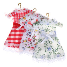 1:12 Lace Floral Pastorale Clothes Clothing Skirt W/ Hanger Doll House Bedroom Wardrobe Decor Dollhouse Miniature(China)