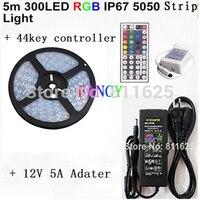 צינור סיליקון IP67 עמיד למים 5 M RGB led רצועת 300led 12 V 5050 SMD 60led/m + גמיש + מרחוק 44key 12 V שנאי Freeshipping