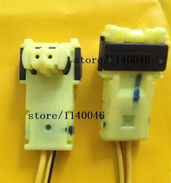 цена на 1PCS FOR Toyot airbag igniter plug / 12253  /2needles import / original harness connector modification accessories
