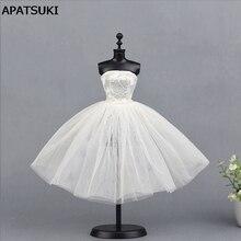 c559e05112 Sexy Vestido corto blanco para muñeca Barbie de una pieza Vestidos de noche  vestido para Barbie Muñecas 1 6 bjd muñeca Accesorio.