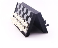 Magnetic Board Portable Mini Plastic Chess Set Black White Chessboard Travel Table Family Game 25cm 25cm