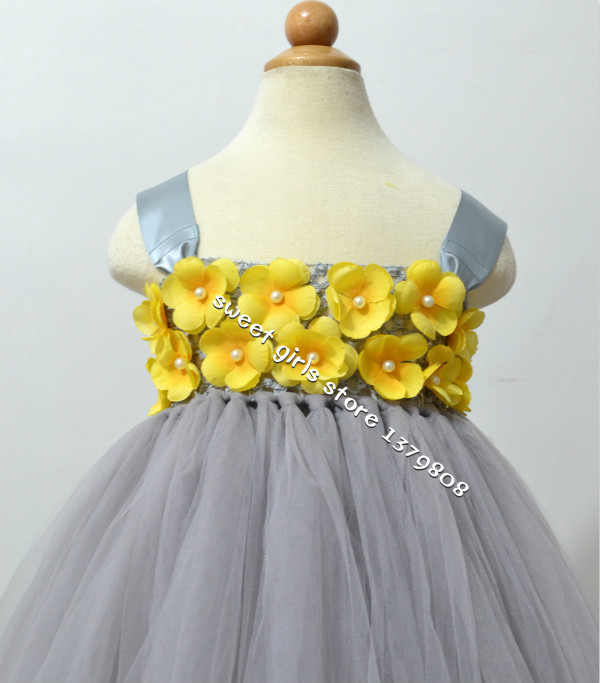 Free shipping handmade white crocher tank top gray tulle flower girl yellow flowersgray top mightylinksfo
