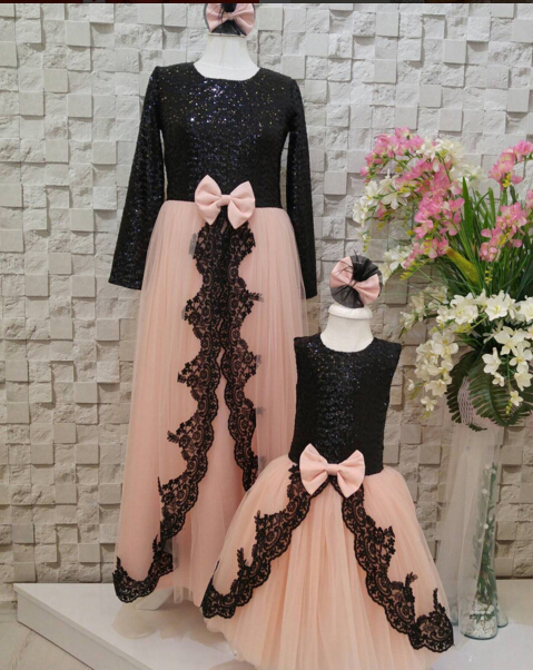 Beautiful pink tulle flower girl dress with pink bow ankle length A-line with appliques princess dress for birthday party