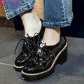 QUTAA Mujeres Bombea Zapatos de Las Señoras Cuadrados Cadenas de Tacón Alto PU Charol Negro Lace Up Solid Mujer Zapatos de Boda del Tamaño 34-43