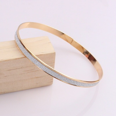 Europe and the United States new fashion frosted silver bracelet ladies upscale bracelet wholesale