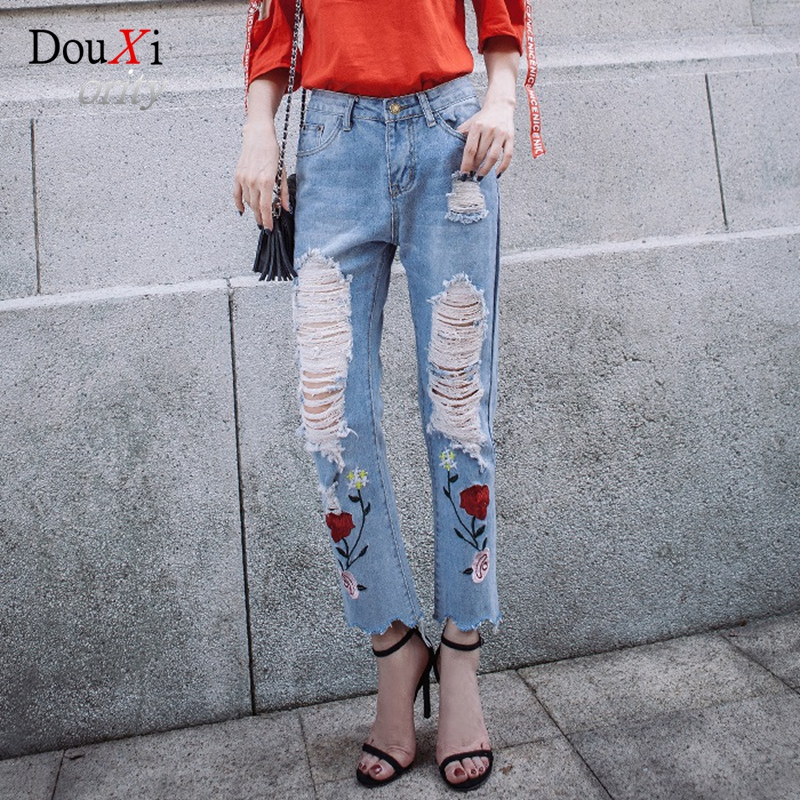 2017 Fashion Loose Hole Ripped Embroidered Jeans Women Ankle-length Harem Pants Trousers Rose Floral Embroidery Female Denim 2017 ripped jeans women casual denim ankle length boyfriend pants women floral embroidered flares hole female slim pencil pants