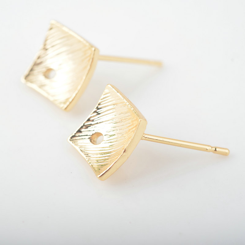 20 10PCS 8 5MM 24K Gold Color Brass Inward Arc Surface Stud Earrings Pins High Quality Jewelry Accessories in Stud Earrings from Jewelry Accessories