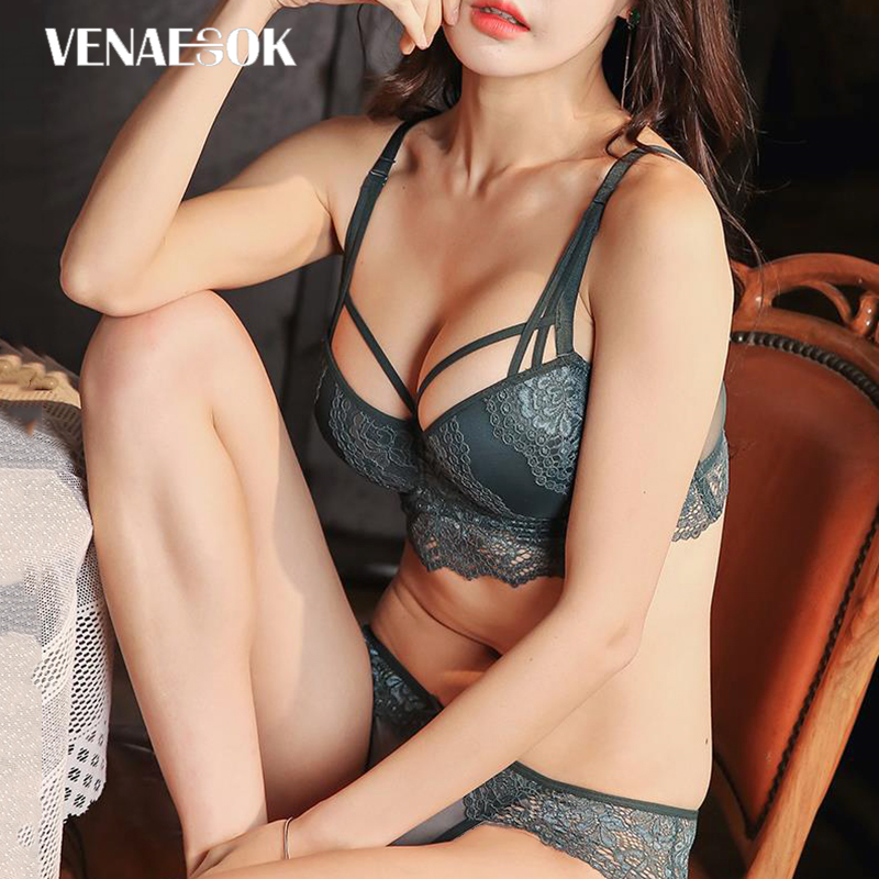 Image 2 - New Europe Girl Sexy Underwear Set A B C Cup Push up Bra And Panty Sets Brand Green Lace Lingerie Set Women Deep V Brassiere-in Bra & Brief Sets from Underwear & Sleepwears