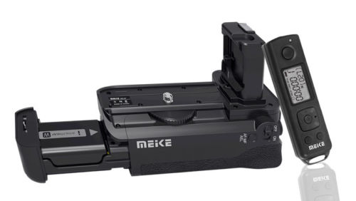 meike MK-AR7 Vertical Battery Grip hand pack holder with Remote Control For Sony A7 A7R A7S camera as VG-C1EM meike vertical battery pack grip for nikon d5300 d3300 2 en el14 dual charger