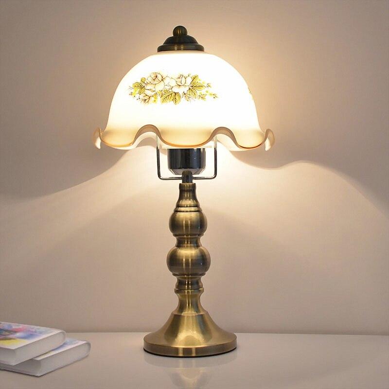 Настольная лампа пятнистости Стекло Европейский ретро спальня настольные лампы ночники классический для Гостиная настольные лампы E27 ...