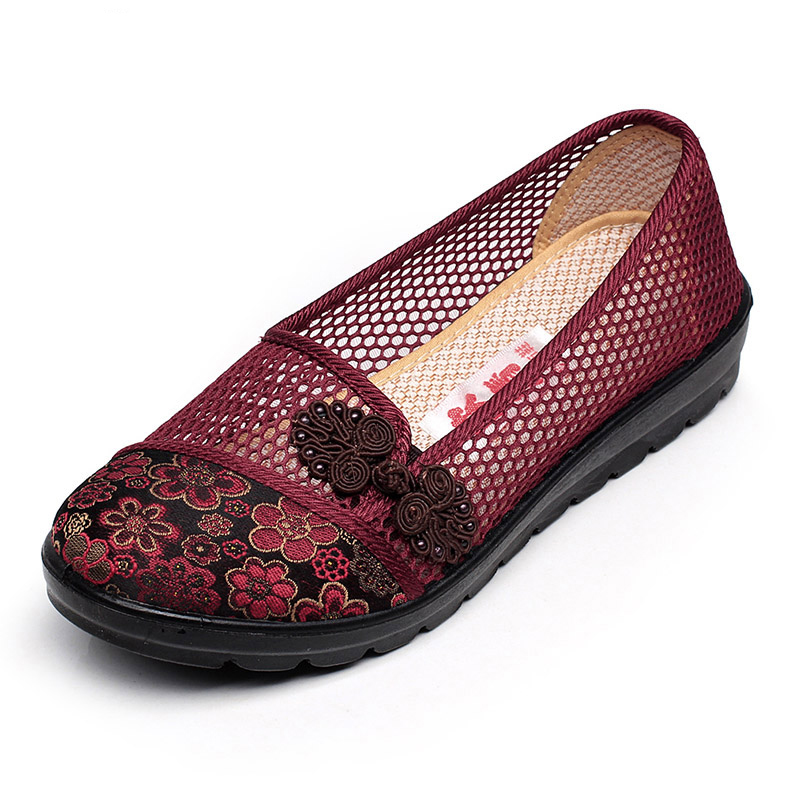 XQ New Women Sandals Shoes Mesh Breathable Slip-on Women Sandals Flats Large Size Non-slip Ladies Shoes S102 xq new breathable cloth shoes fashion women hollow out summer casual shoe air mesh flat shoes sandals non slip ladies shoes s102