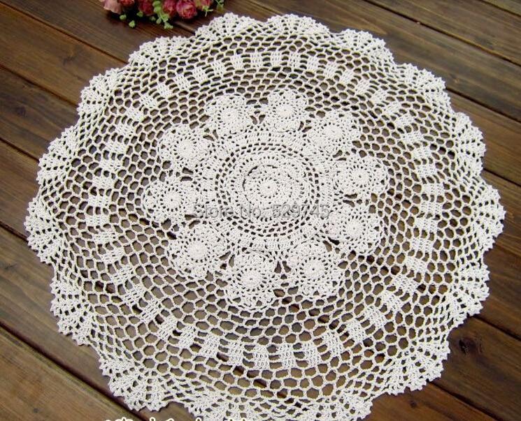 Handmade Crochet Flowers Retro Decorative Hollow Circle Pad Doilies