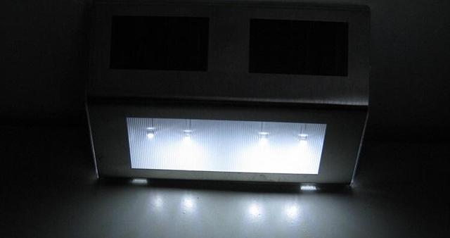 10pcs/lot Waterproof LED Solar Light Lamps 4 Leds Garden Lights Outdoor Landscape Lamp Solar Wall Lamps Gutter Fence Lights Spot