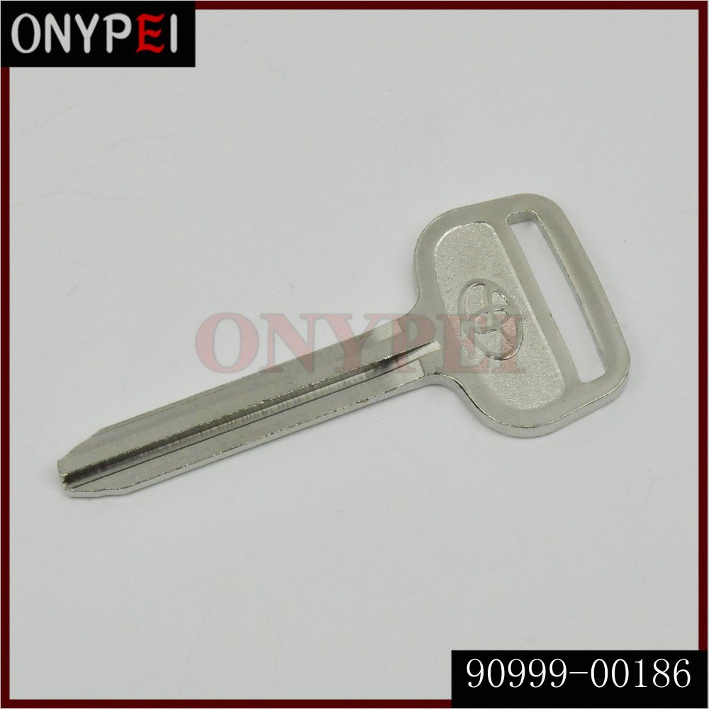 90999-00186 Non-transponder Uncut Blank Master Key For TOYOTA Corolla With Logo 9099900186