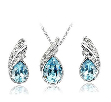 Fashion Rhinestone Pendant Necklace Earring Set Women Wedding Crystal Jewelry Set Silver Color Alloy Necklace Valentine Gifts