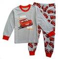 2 pçs/sets 2016 Menino Pijamas Crianças Carro Impresso Tops de Manga Longa + Calças Roupa das Crianças Pijamas Meninos Pijamas Conjuntos Outfits