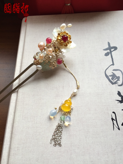 Handcarved White Shell Flower Jade Pearl Hair Stick Vintage Original Handmade Tassel Hair Stick for Hanfu Costume Hair Accessory promate axis air чехол для ipad air