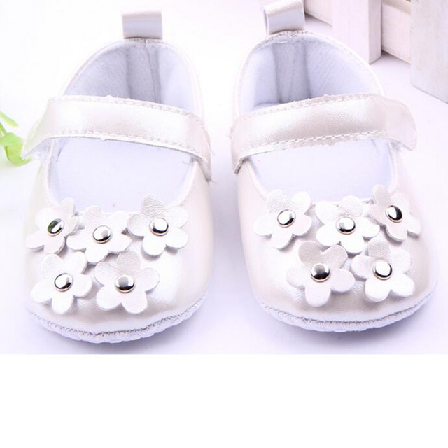 c8d94544527 Silver Flower Girl Shoes Decorated Shining Kids Footwear Children s Shoes  Gold Baby Shoes Child White Shoe Calcados Infantil