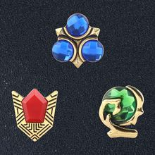 SG Panas Permainan Legenda Zelda Bros Biru Enamel Pin Triforce Perisai Lencana Pin Pria Mantel Natal Perhiasan(China)